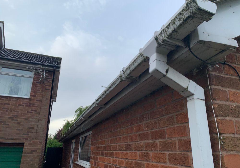 gutter repairs mansfield